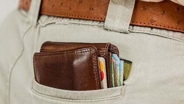 Consumidor endividado sente que sua capacidade financeira melhorou