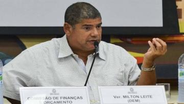 Prefeitura de SP sanciona lei que prevê multa a quem urinar em vias públicas