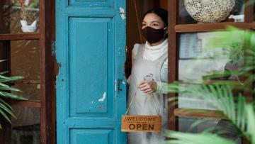Como pequenos empresários podem lucrar durante e após a pandemia