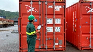 Guarujá abre vagas para curso de vistoriador de conteiner