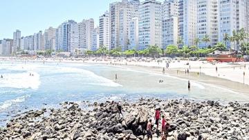 Guarujá assina termo de adesão à gestão de suas praias
