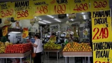 Varejo tem queda inesperada em fevereiro e mostra recuperação mais lenta da economia