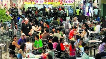 Confiança do consumidor tem menor nível em 10 meses em junho com impacto da greve, diz FGV