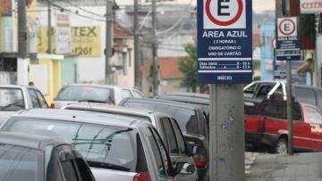 Guarujá realiza audiências públicas para concessão de estacionamento rotativo